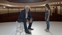 Théâtre Montmartre  , puis Théâtre de l'Atelier (ou Charles-Dullin) - Français:   Jacques Weber et Nastasjia Sojcher jouent sur une scène de théâtre