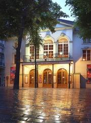 Théâtre Montmartre  , puis Théâtre de l'Atelier (ou Charles-Dullin) - Français:   Théâtre de l\'Atelier 6.2013