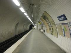 Métropolitain, station Botzaris - Français:   Quai de la station de métro Botzaris