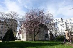 Hospice Debrousse -  Jardin de l'Hospice-Debrousse, 148 rue de Bagnolet, 75020 Paris.