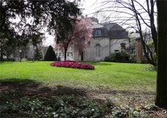 Hospice Debrousse - Français:   Pavillon de l\'Ermitage, coté jardin, Paris XXème arrondissement, France