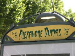Métropolitain, station Alexandre-Dumas -  Alexandre Dumas metro entrance