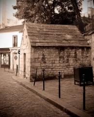 Eaux de Belleville : Regard Saint-Martin - Français:   Rue des Cascades (regard Saint-Martin) - Paris XX