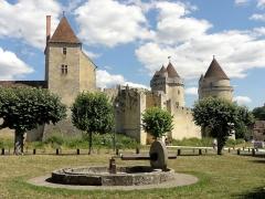 Château - Vue depuis le nord-ouest.
