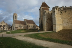 Eglise Saint-Maurice - English: Castle of Blandy-les-Tours, France