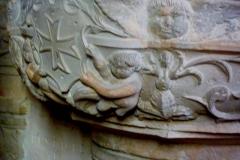 Eglise Saint-Pierre-Saint-Paul - Deutsch: Taufstein in der Kirche Saint-Pierre-Saint-Paul in Jouy-sur-Morin im Département Seine-et-Marne (Île-de-France), von 1527 (siehe Le Patrimoine des Communes de la Seine-et-Marne. Flohic Editions, Bd. 1, Paris 2001, S. 516, ISBN 2-84234-100-7)