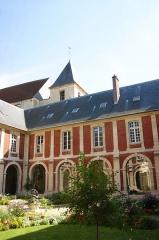Abbaye Saint-Pierre - Lagny-sur-Marne - Hotel de Ville