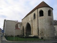 Ancien prieuré Saint-Sauveur -  Le prieuré Saint Sauveur sur l'Île Saint Etienne(Melun), rue de la Courtille.