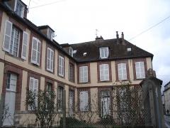 Logis du Grand-Cerf - English: Logis du Grand Cerf, in Montereau-Fault-Yonne, Seine-et-Marne, France.