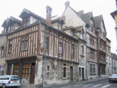 Maisons néogothiques -  Moret-sur-Loing, Seine-et-Marne, France: anciens hospices