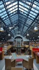 Ferme du Buisson - English: Inside the Buisson's farm's library