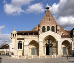Ancienne abbaye ou prieuré Saint-Ayoul - English: Church-of-Saint-Ayoul-in-Provins, France