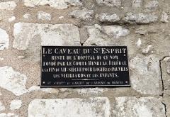 Hôpital du Saint-Esprit - English: Caveau du Saint-Esprit, Provins. Plaque.