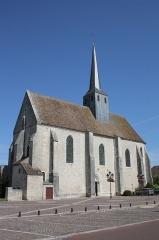 Eglise Saint-Clair-Saint-Léger - Deutsch: Katholische Pfarrkirche Saint-Clair-Saint-Léger in Souppes-sur-Loing im Département Seine-et-Marne in der Region Île-de-France (Frankreich), Ansicht von Süden