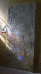 Eglise Saint-Clair-Saint-Léger - Deutsch: Katholische Pfarrkirche Saint-Clair-Saint-Léger in Souppes-sur-Loing im Département Seine-et-Marne in der Region Île-de-France (Frankreich), Grabplatte von Denise de Boulay, aus dem 16. Jahrhundert