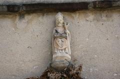 Eglise Saint-Amand - Deutsch: katholische Pfarrkirche Saint-Amand in Thomery im Département Seine-et-Marne (Île-de-France), Skulptur des hl. Amand von Maastricht
