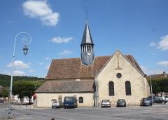 Eglise Saint-Amand - Deutsch: katholische Pfarrkirche Saint-Amand in Thomery im Département Seine-et-Marne (Île-de-France)