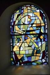 Eglise Saint-Amand - Deutsch: Bleiglasfenster in der katholischn Pfarrkirche Saint-Amand in Thomery im Département Seine-et-Marne (Île-de-France), Darstellung:?