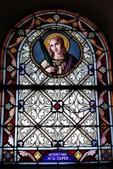 Eglise Saint-Amand - Deutsch: Bleiglasfenster in der katholischn Pfarrkirche Saint-Amand in Thomery im Département Seine-et-Marne (Île-de-France), Darstellung: hl. Honorina