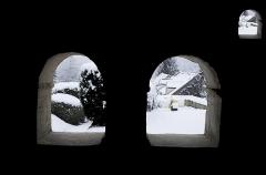 Eglise - Français:   Une vue de l\'intérieur du caquetoire.