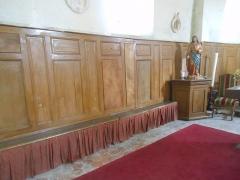 Eglise - Français:   Intérieur de l\'église... Je visite ...