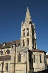Eglise Notre-Dame - Deutsch: Katholische Pfarrkirche Notre-Dame in Bougival im Département Yvelines (Île-de-France/Frankreich)
