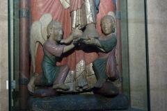 Eglise Saint-Martin - Deutsch: Katholische Pfarrkirche Saint-Martin in Jouy-en-Josas im Département Yvelines in der Region Île-de-France (Frankreich), Skulptur La Diège (Dei Genitrix/Gottesmutter) aus dem 12. Jahrhundert, Ausschnitt: Zwei Engel