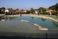 Domaine national de Marly - English: The horse-watering pool of the former château royal de Marly, in Marly-le-Roi, Yvelines, France.