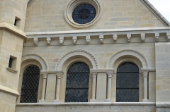 Eglise Saint-Nicolas - Deutsch: Katholische Kirche Saint-Nicolas in Maule im Département Yvelines (Île-de-France/Frankreich), Portalfassade