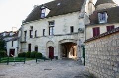 Abbaye -  Porterie (vue intérieure) à Poissy - Yvelines (France)