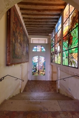 "Propriété de Maurice Denis, dite Le Prieuré - English: Stairs in the Musée départemental Maurice Denis ""Le Prieuré""."