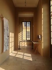 Ancienne Maison de Charité, ancien hôpital Richaud - Français:   le couloir de l\'Espace Richaud, lors de une exposition en 2016.
