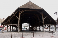 Halles - Deutsch: Markthalle in Arpajon im Département Essonne (Île-de-France), von 1470