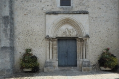 Eglise - Deutsch: Katholische Pfarrkirche Saint-Barthélémy in Boutigny-sur-Essonne im Département Essonne (Île-de-France/Frankreich), Portal