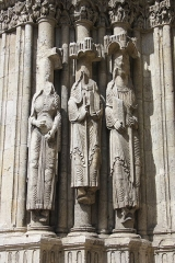 Eglise Notre-Dame - Deutsch: Katholische Pfarrkirche Notre-Dame-du-Fort in Étampes im Département Essonne in der Region Île-de-France (Frankreich), Südportal um 1150, Gewändefiguren der linken Seite