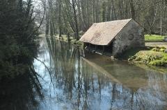 Domaine de Méréville - Deutsch: Waschhaus (lavoir) in Méréville im Département Essonne (Île-de-France/Frankreich)