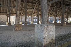 Halle - Deutsch:   Markthalle in Méréville im Département Essonne (Île-de-France/Frankreich)