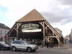 Halle - Français:   Halle de Milly-la-Forêt (91)