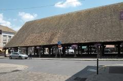 Halle - Deutsch: Markthalle in Milly-la-Forêt im Département Essonne (Île-de-France/Frankreich)