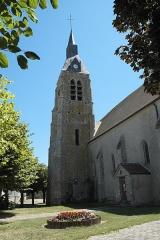 Eglise - Deutsch: Katholische Kirche Saint-Côme-Saint-Damien in Monnerville im Département Essonne (Île-de-France/Frankreich), Turm