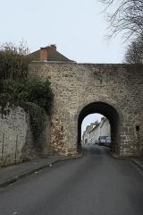 Porte Baudry - Deutsch:   Porte Baudry in Montlhéry im Département Essonne (Île-de-France/Frankreich)
