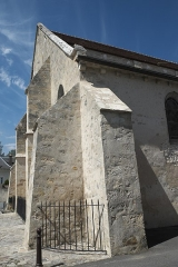 Eglise - Deutsch: Katholische Pfarrkirche Saint-Germain in Saclas im Département Essonne (Île-de-France/Frankreich), Strebepfeiler