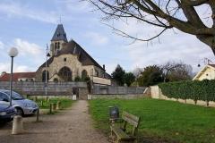 Eglise -  Eglise de Saulx Les Chartreux (XI ème siècle).