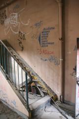 Dépôt de bois -  Escalier
