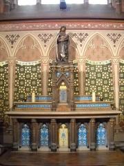 Eglise Notre-Dame-des-Menus - English: Notre-Dame de Boulogne catholic church, in Boulogne-Billancourt, Hauts-de-Seine, France. Our Lady's altar.