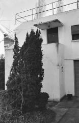 Villa Van Doesburg - Nederlands: Van Doesburghuis: voorgevel met trapbordes