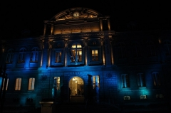 Domaine national de Saint-Cloud : ancienne école nationale de céramique - English: National Museum of Ceramics in Sèvres, France by night.