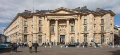 Faculté de Droit de Paris - English: ain buildings of the universities Panthéon-Sorbonne and Panthéon-Assas, former Faculty of Law and Economics of the University of Paris (Sorbonne). Place du Panthéon, Paris.