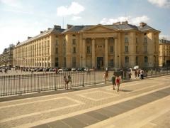 Faculté de Droit de Paris - English: Faculte de Droit, Place de la Pantheon, paris