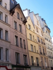 Maison, dite maison des trois porcelets - English: Houses dating of the Middle-Age, rue Galande in Paris